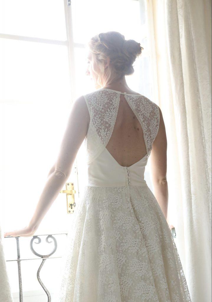 vintage bruidsjurk met open rug