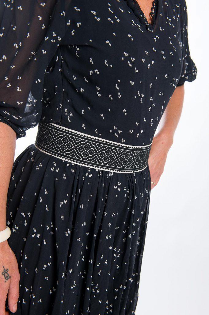rouwband om jurk. Rouwkleding